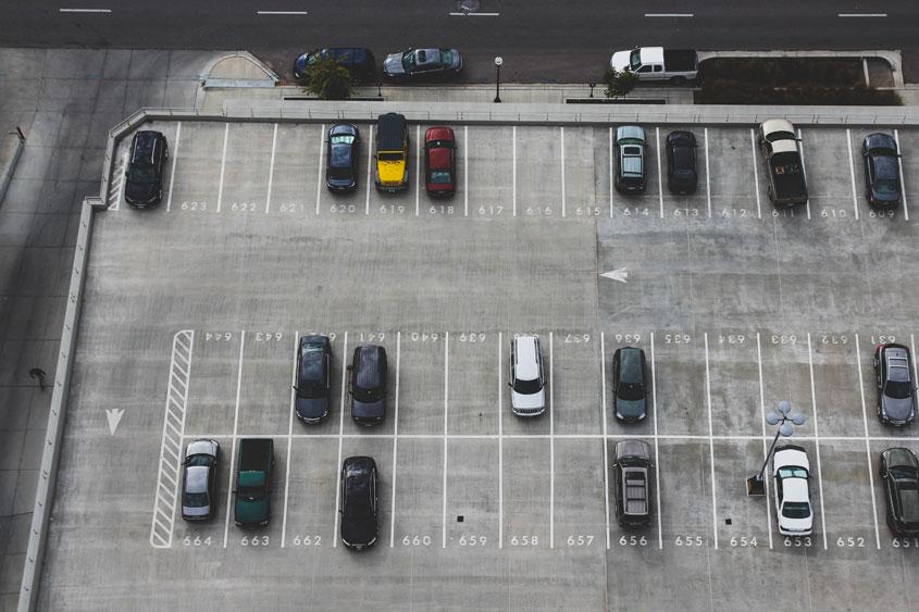 Zakup nieruchomości na parking Kościoła